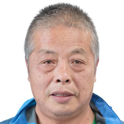 从事新闻摄影三十余年。曾获得江西新闻推荐三等奖。中国摄影家协会会员。中国民俗摄影协会高级会士等。